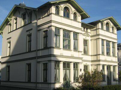 """""""Strandkorb"""" in der Villa Donatus"""