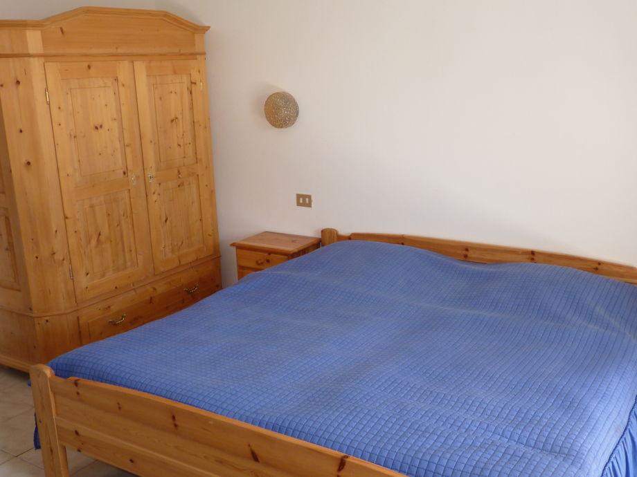 sch ner platz ferienwohnung monte baldo lombardei. Black Bedroom Furniture Sets. Home Design Ideas