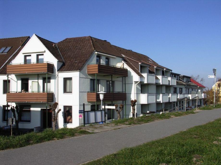 Haus Achtern Diek , Österstraße 13 - 15