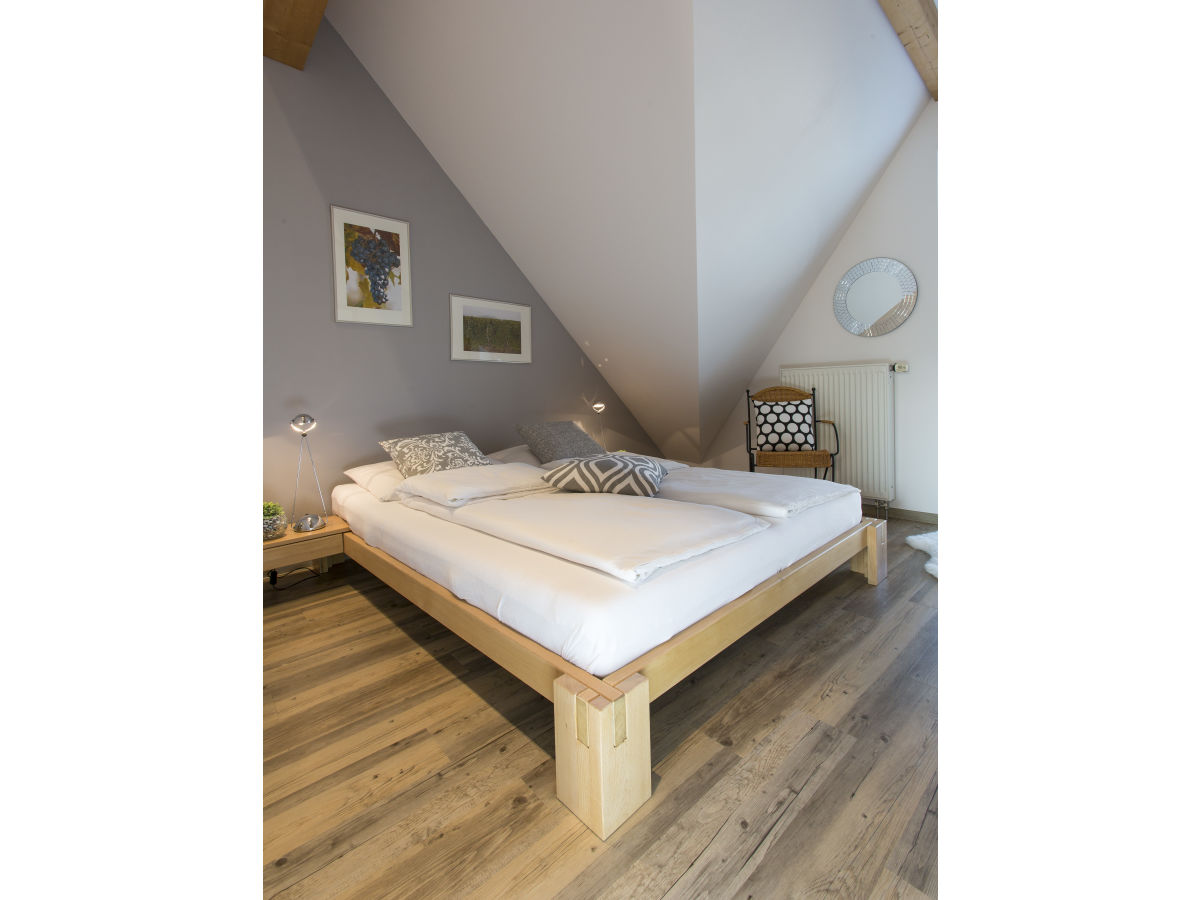 ferienwohnung weingut anton zimmermann ferienland. Black Bedroom Furniture Sets. Home Design Ideas