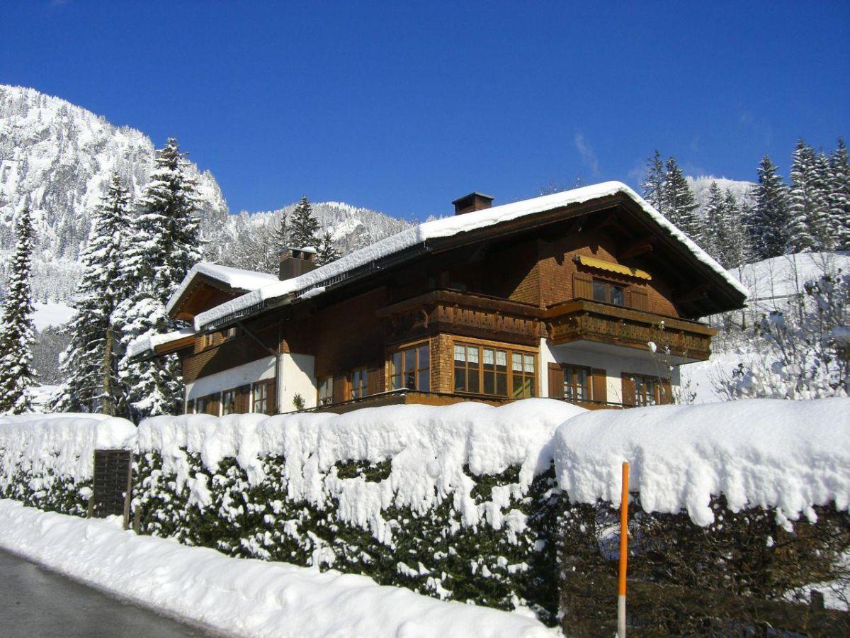 Ferienwohnung Hirschberg Bad Hindelang Frau Monika