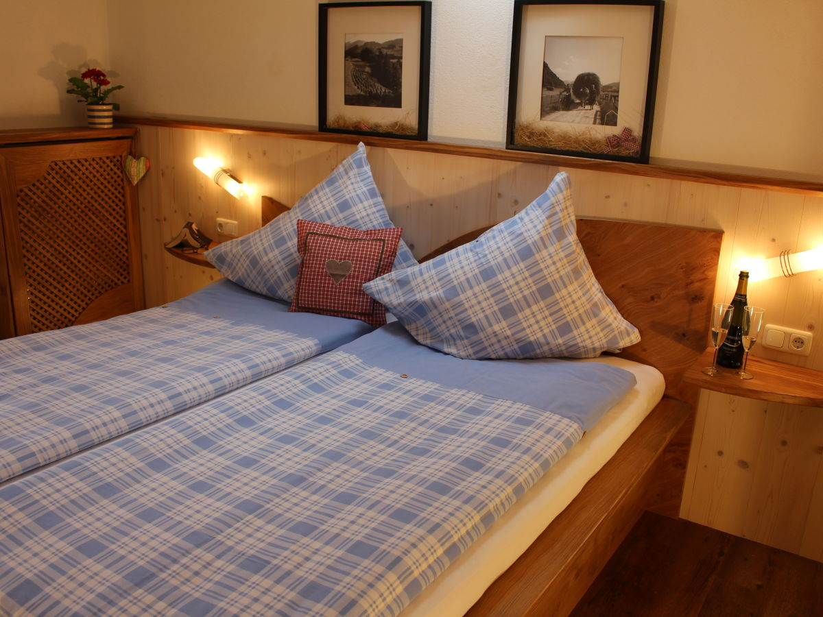 ferienwohnung hirschberg allg u oberallg u bad hindelang frau monika berwein schmid. Black Bedroom Furniture Sets. Home Design Ideas