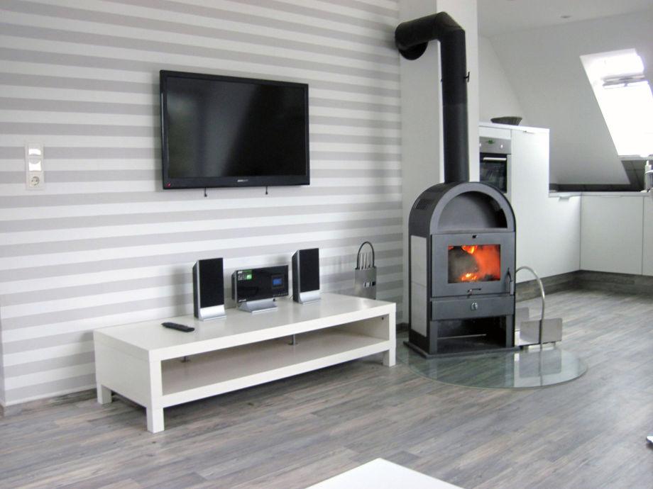 4 Zimmer Wohnung - exklusive Ausstattung mit Kamin