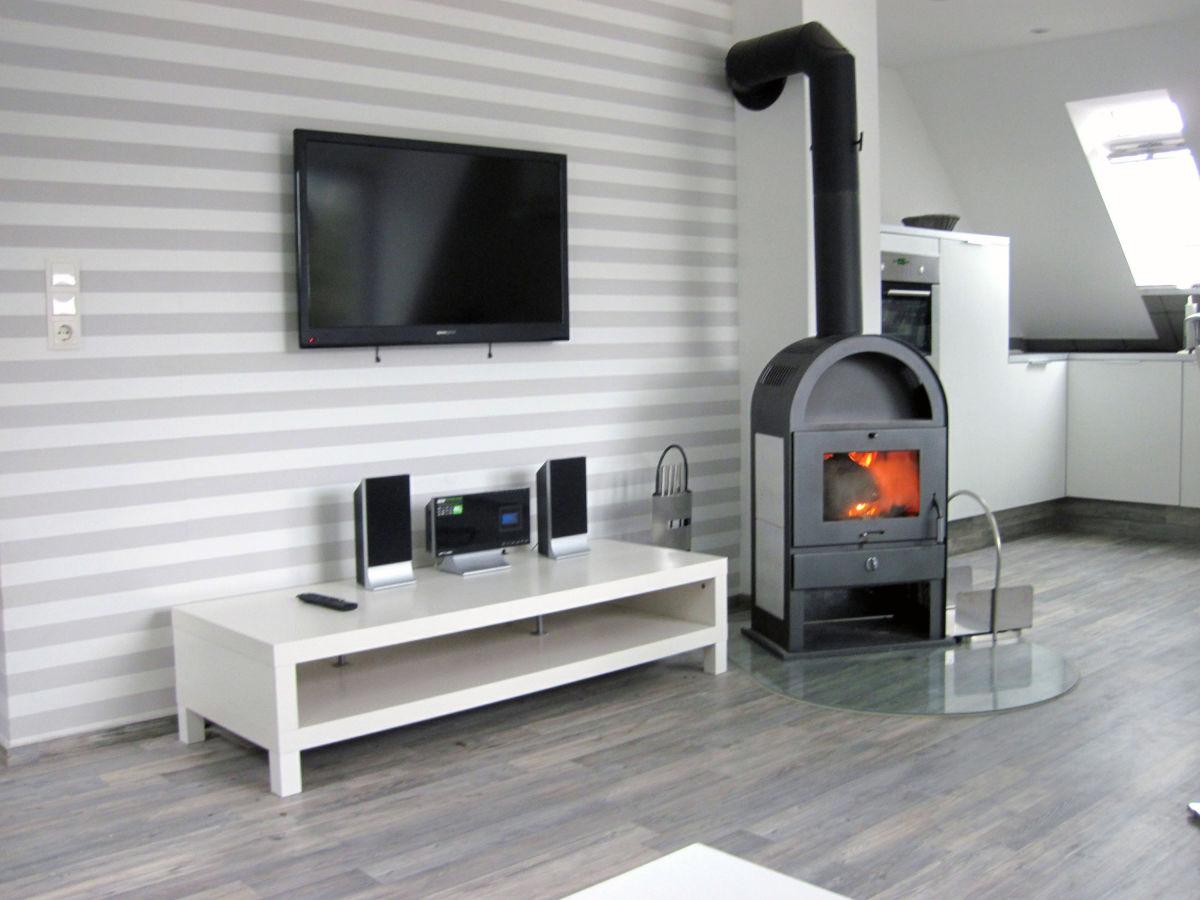 ferienwohnung mandelbaum hamburg altona lurup frau julia mandelbaum. Black Bedroom Furniture Sets. Home Design Ideas
