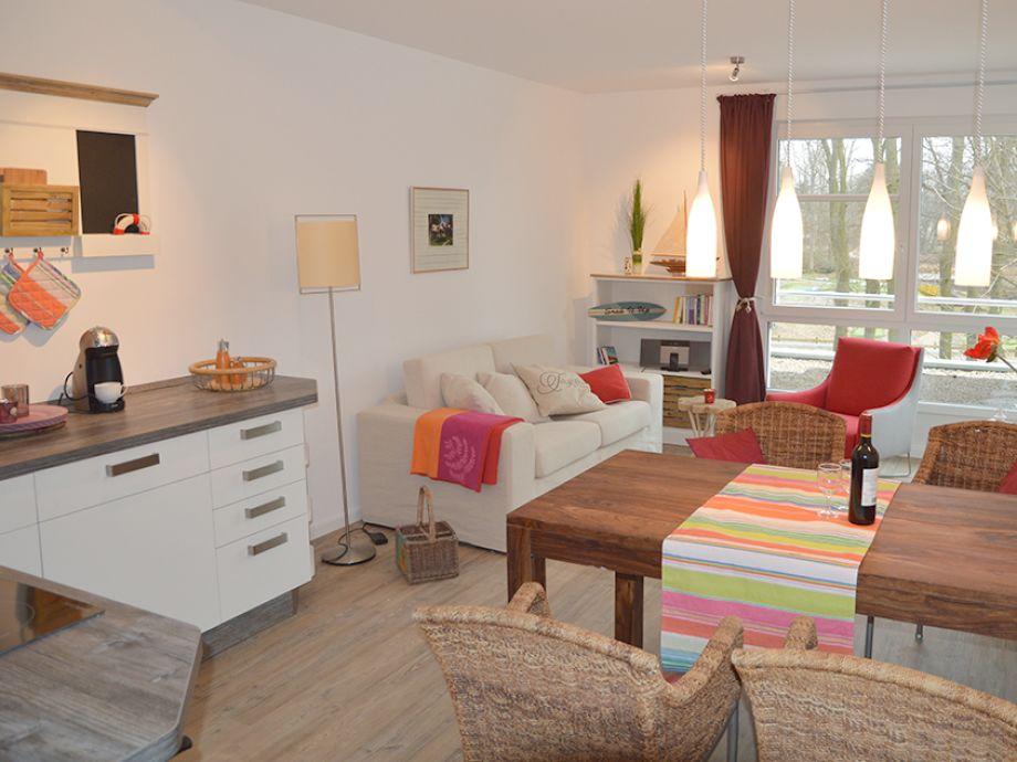 Ferienwohnung Strandgut 2 Scharbeutz - Wohnzimmer