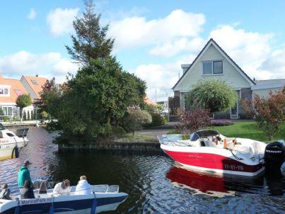 Ferienhaus und Boot - de Markol Lemmer - besondere Südlage am Wasser