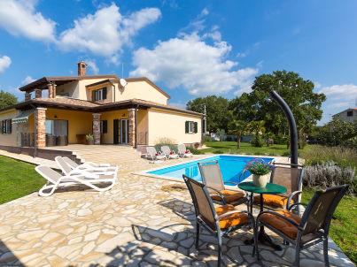 Villa Susnjici mit Pool