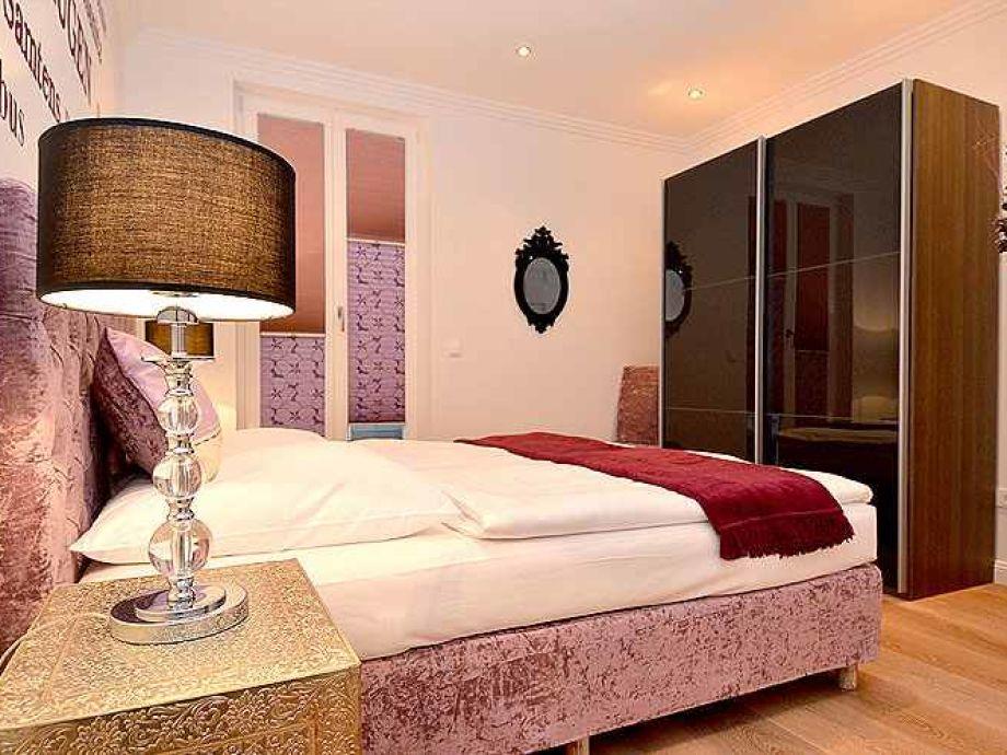 ferienwohnung johanna 1 ostseebad sellin insel r gen. Black Bedroom Furniture Sets. Home Design Ideas