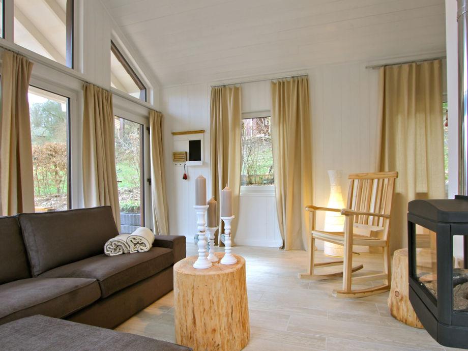 chalet eifelliebe romantisches holzhaus am see nordeifel firma herrliche aussichten gbr. Black Bedroom Furniture Sets. Home Design Ideas