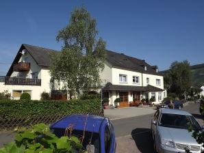 """Apartment """"Kerner"""" im Winzerhof inmitten der Weingärten"""