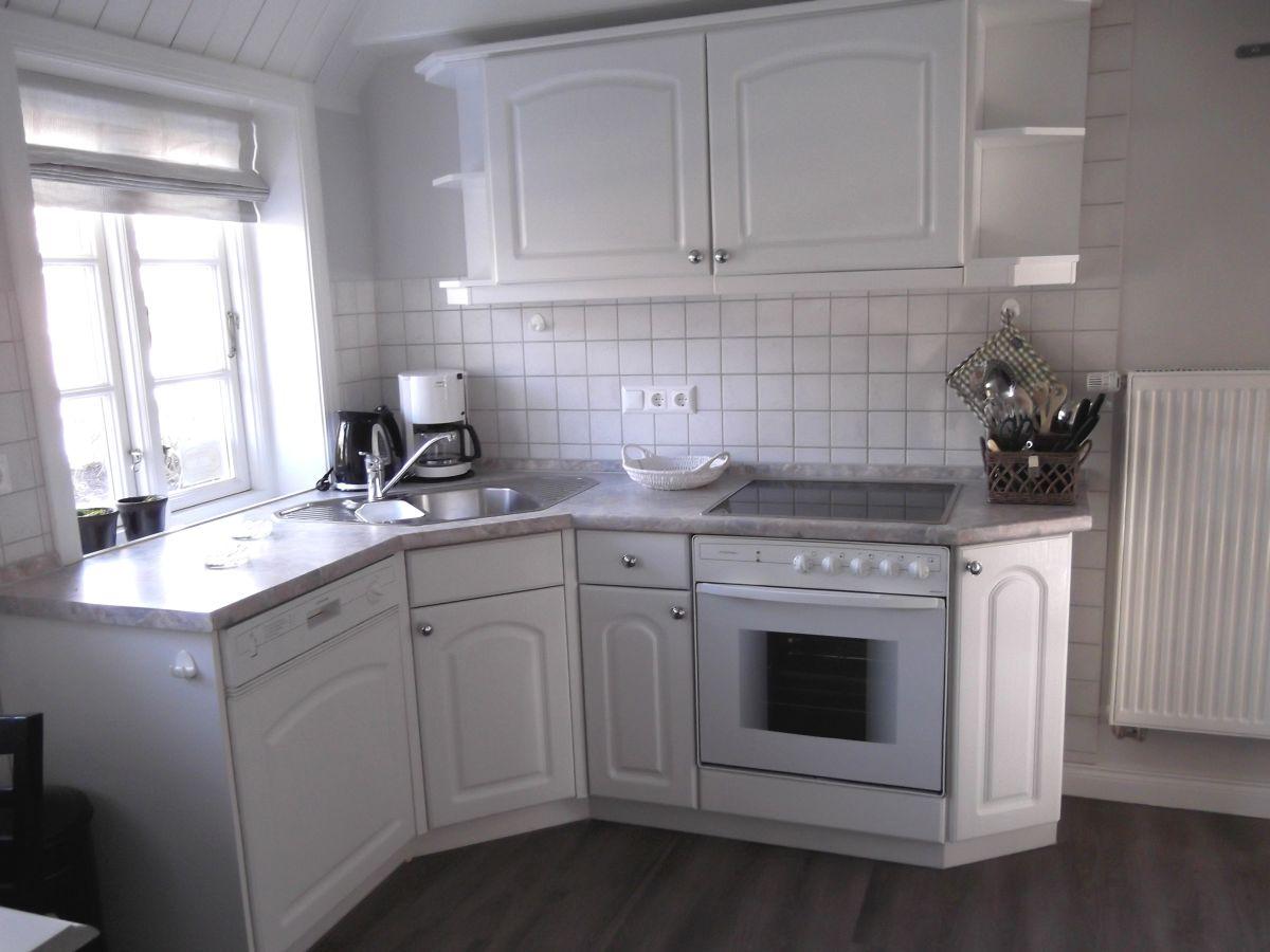 Küchenzeile Plus Insel ~ ferienwohnung hüüs nuurdlaacht, insel föhr firma clausen's vermietung herr uwe clausen