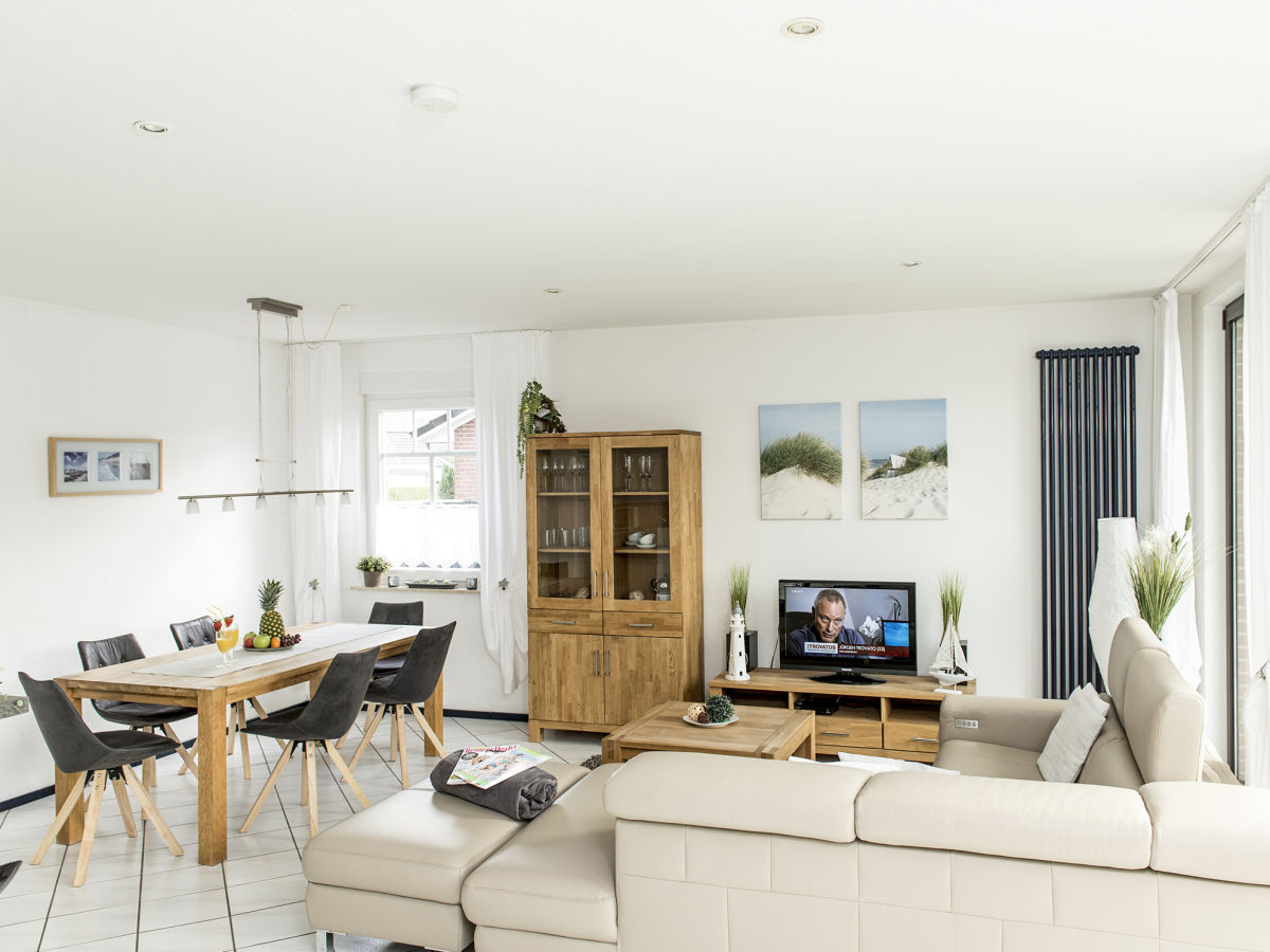 ferienhaus dat reithuus feriendomizil binsenweg hage. Black Bedroom Furniture Sets. Home Design Ideas
