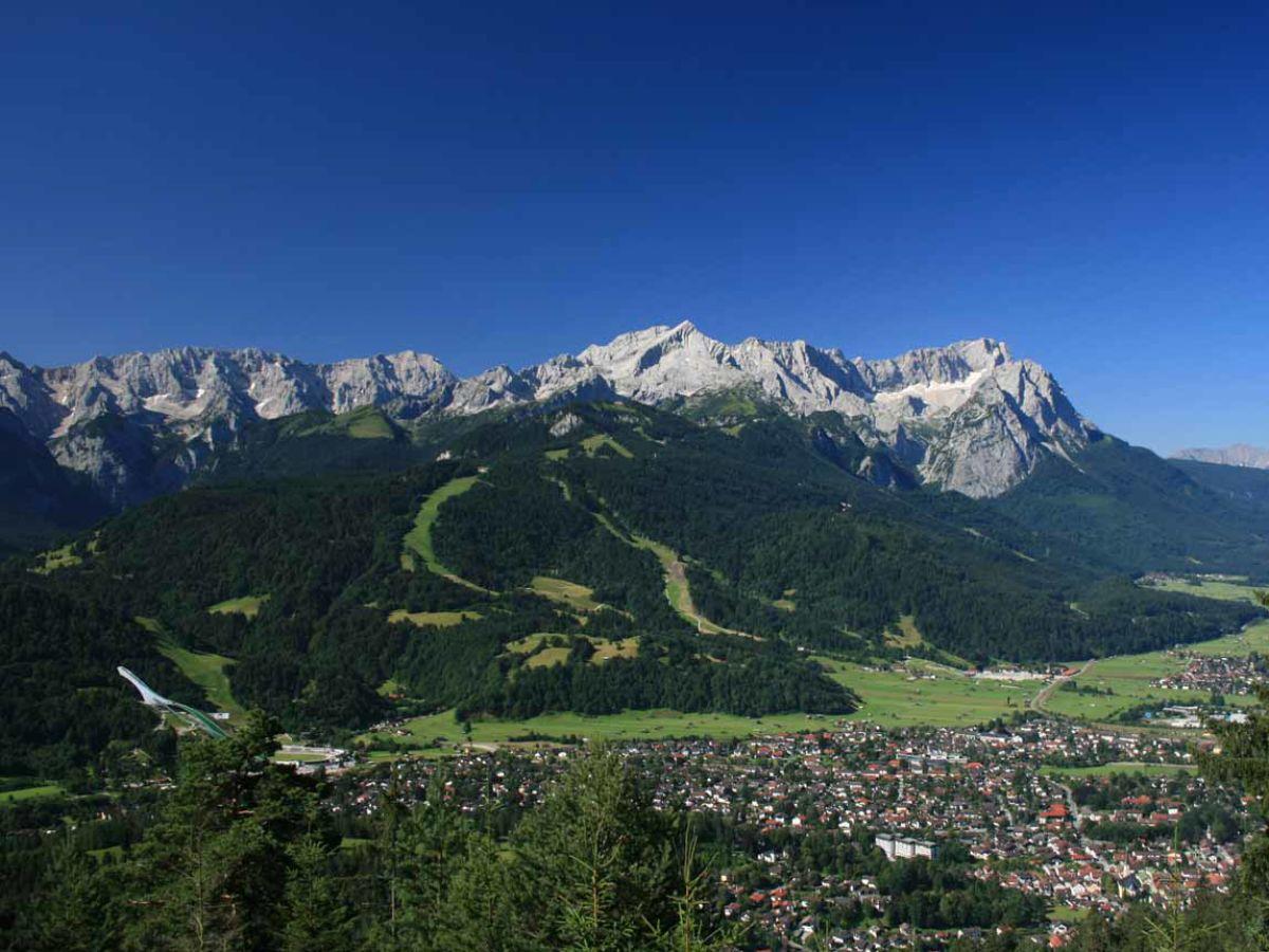Holiday apartment Nelhiebel 3, Garmisch-Partenkirchen ...