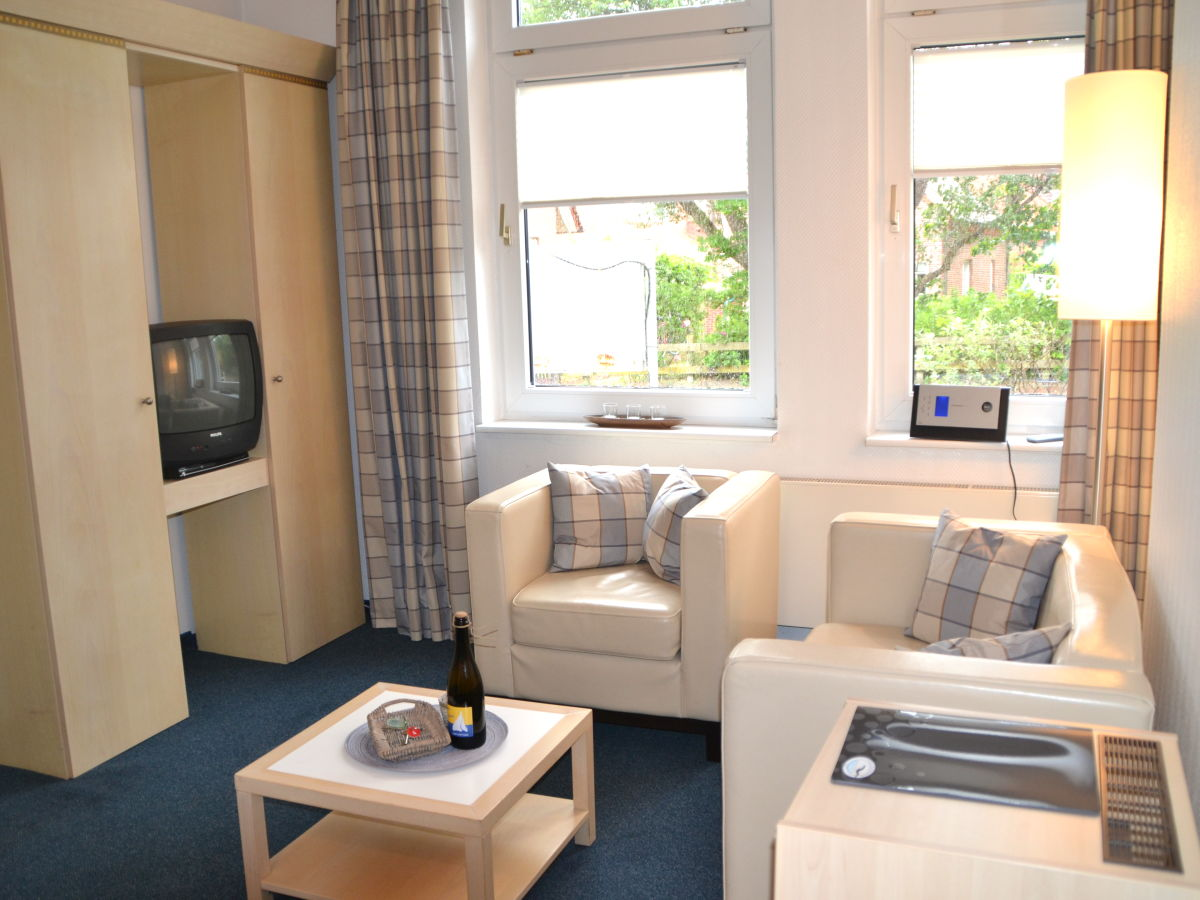 Apartment am januspark nr 4 nordseeinsel juist frau m janssen visser - Sitzecke wohnzimmer ...