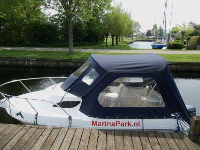 Lux. Ferienhaus am Wasser mit Bootssteg