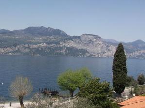Villa Casa Alkea fuer 8 Personen mit Pool und wundeschönen Seeblick