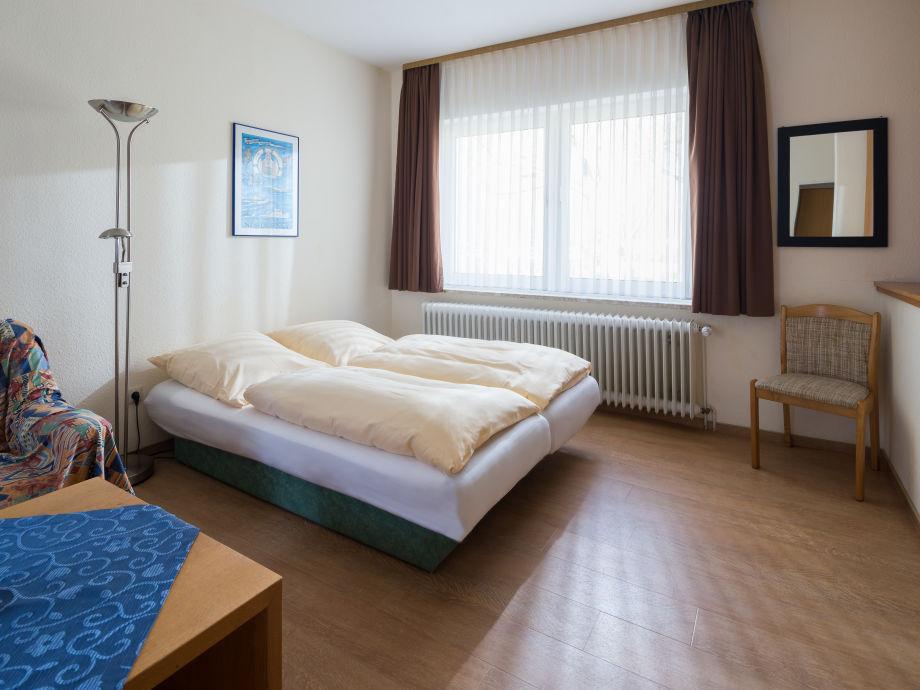 Schlafbereich Doppelbett 180 x 200 cm