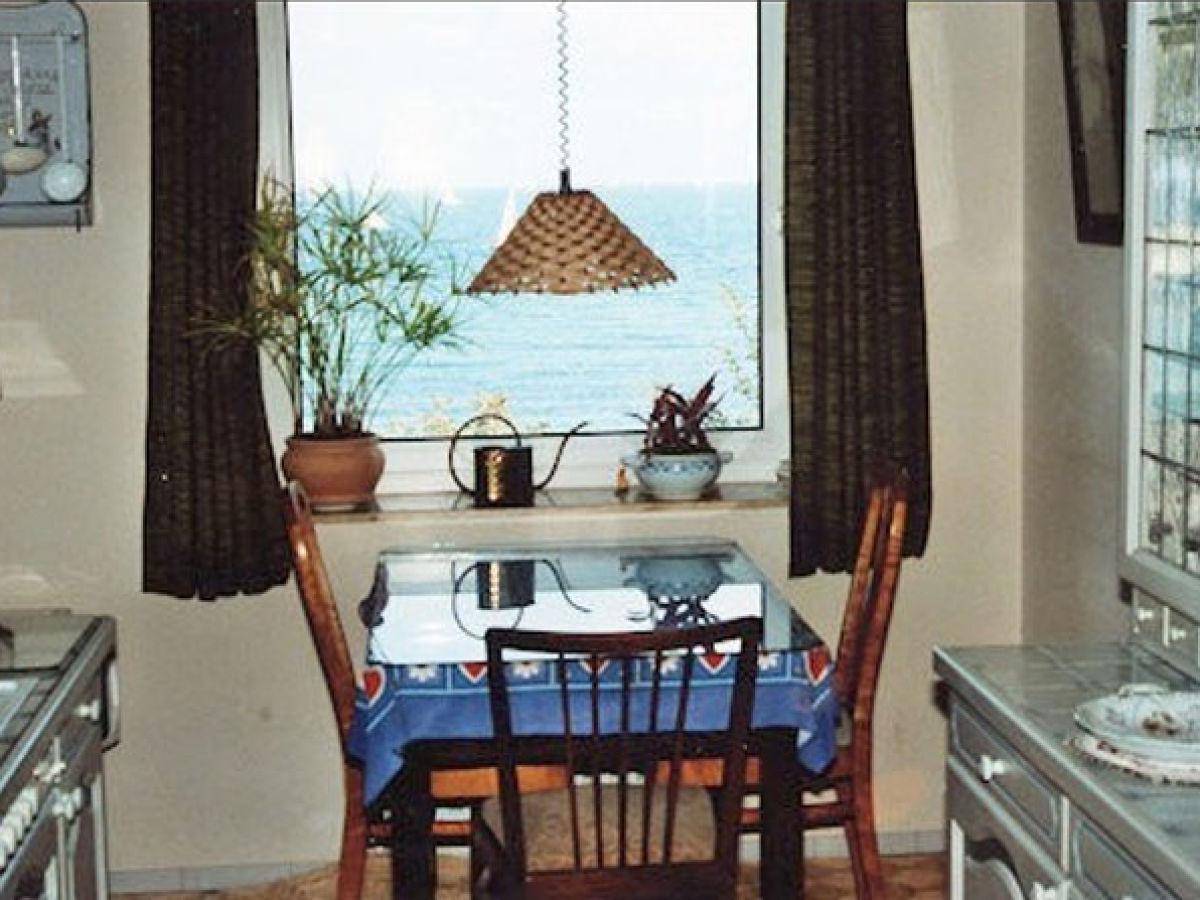 ferienwohnung am strand schleswig holstein ostsee kiel. Black Bedroom Furniture Sets. Home Design Ideas