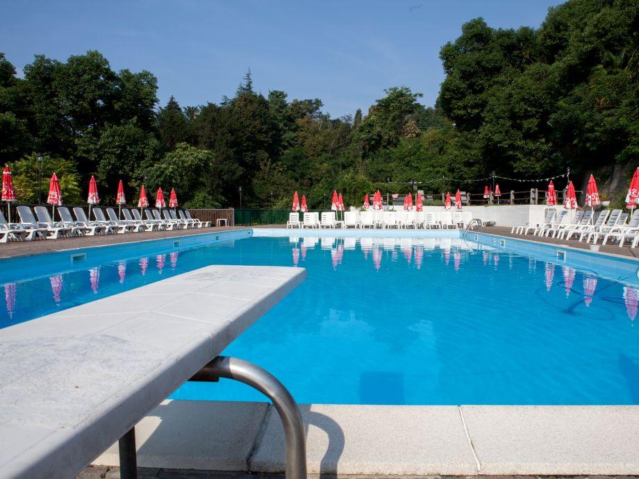 Großer Pool residence residenz la selva b 308 lake maggiore ghiffa firma