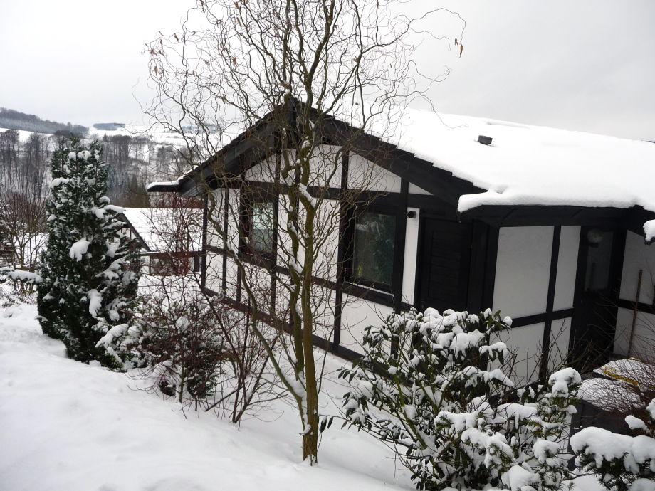 Feriendorf Hennesee Winter im Sauerland