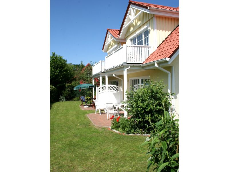 """Holiday apartment Prerow """"Dat gele Hus"""" Wohnung 4"""