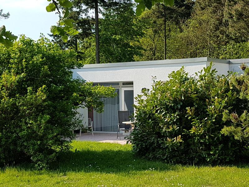 Ferienhaus unmittelbar an der Ostsee (150m)