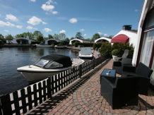 Ferienhaus am Wasser