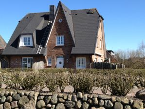 Holiday house Hiirloenhues