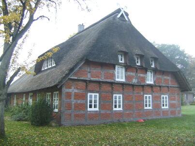 Großes Traum-Reetdachhaus