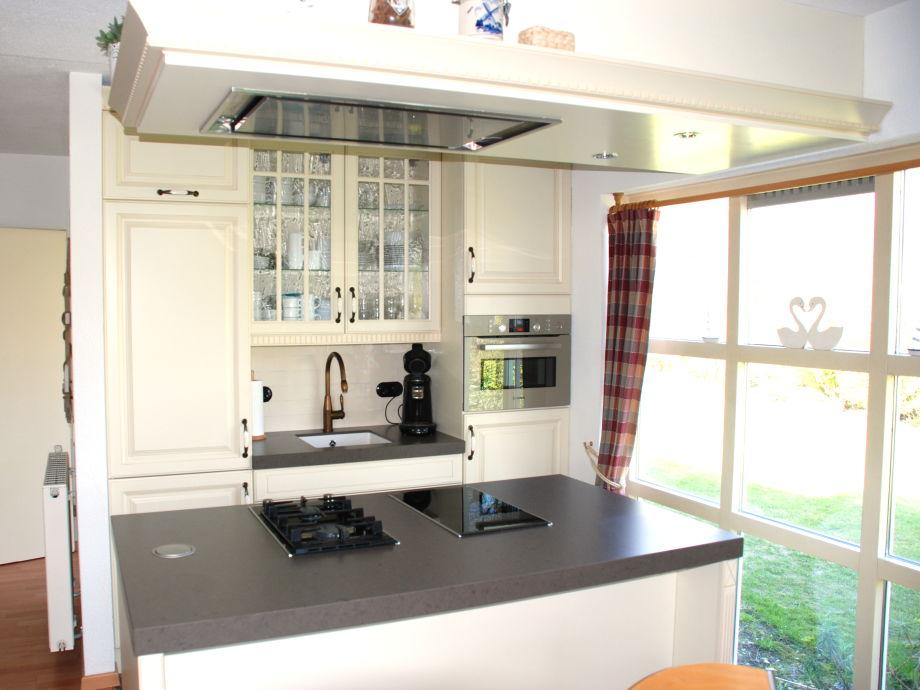 ferienhaus christoffellaan 30 zeeland brouwershaven firma zeeland vakantiewoningen frau. Black Bedroom Furniture Sets. Home Design Ideas