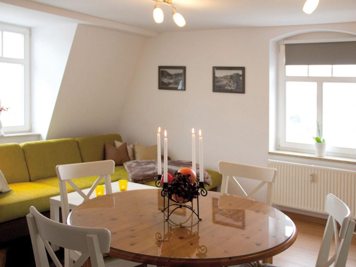 Ferienwohnung caf weinberg mit komfort und tollem ausblick dresden plauen familie polenk hahn - Wohnzimmer dresden ...