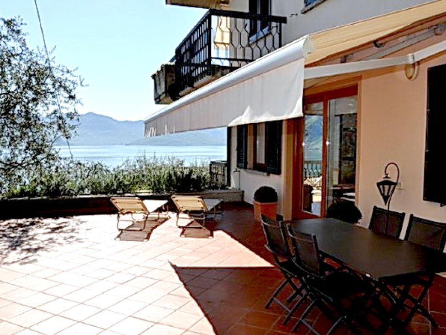 ferienwohnung riva di solto f r 2 personen in der villa romantica iseosee firma. Black Bedroom Furniture Sets. Home Design Ideas