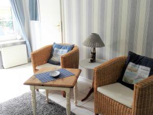 Apartment MOIN in Strande