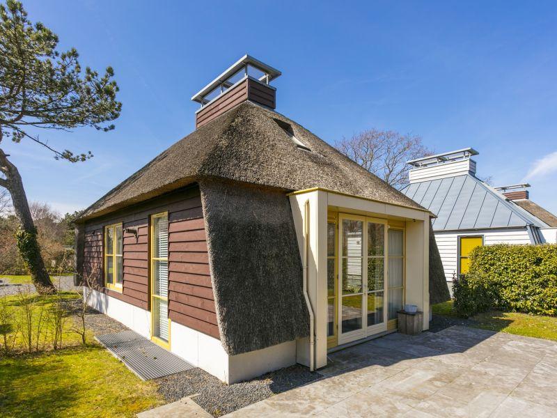 Holiday house 6-Personen Ferienhaus mit Sauna, Schoorl