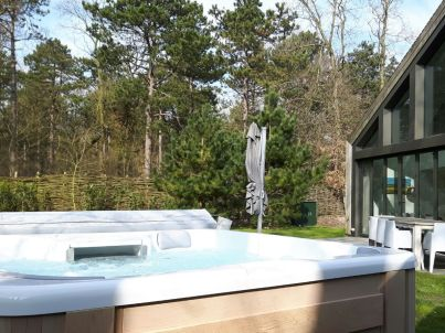 Luxuriöse Villa mit Sauna & Jacuzzi , Texel