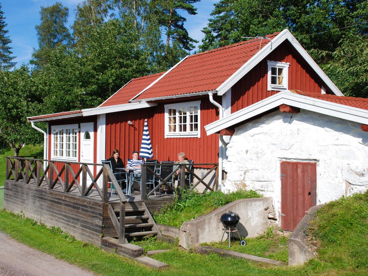 Ferienhaus visthusboden am see bunn mit sauna schweden for Ferienhaus am see