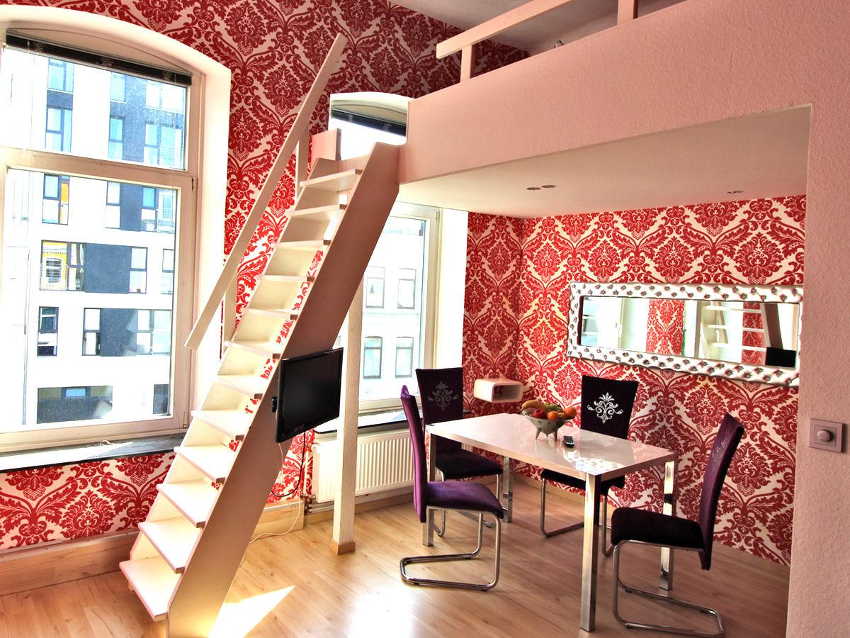 apartment mit 2 schlafebenen im haus sonnenschein bremen. Black Bedroom Furniture Sets. Home Design Ideas