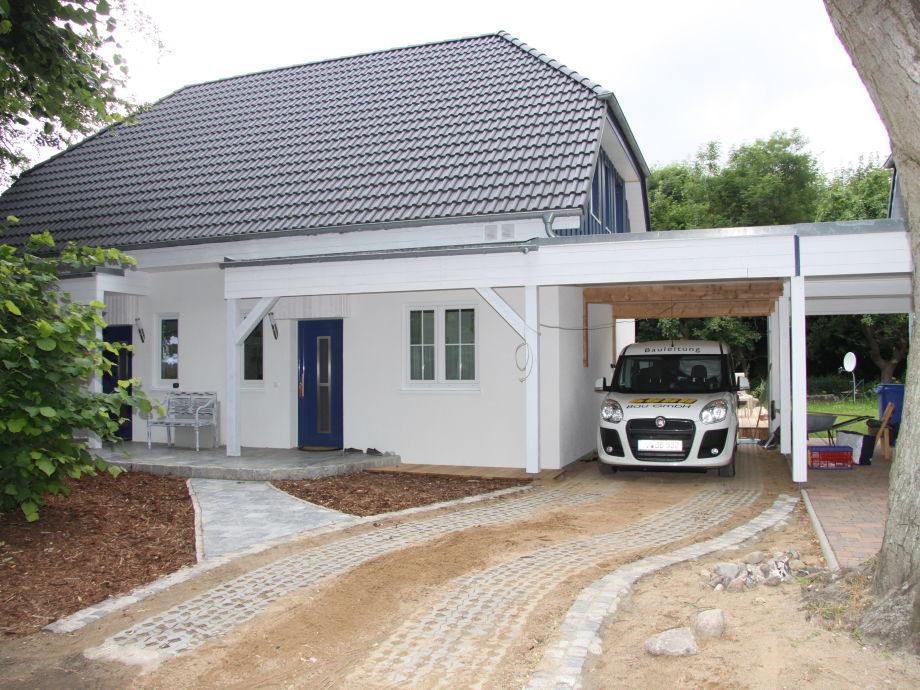 Ferienhaus Boddenruhe - Einfahrt