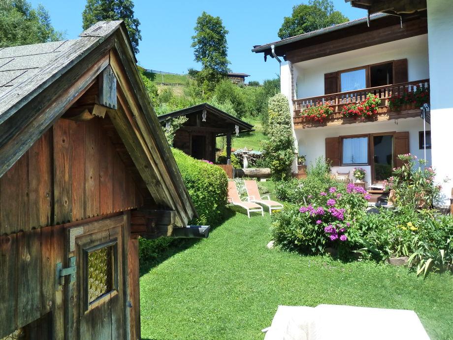 ferienwohnung jenner haus maibaum berchtesgadener land. Black Bedroom Furniture Sets. Home Design Ideas