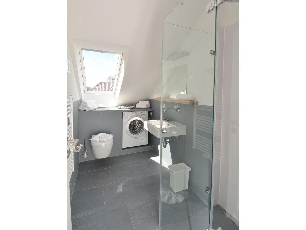 ferienwohnung rosalie r gen sellin herr reinhard holewa. Black Bedroom Furniture Sets. Home Design Ideas