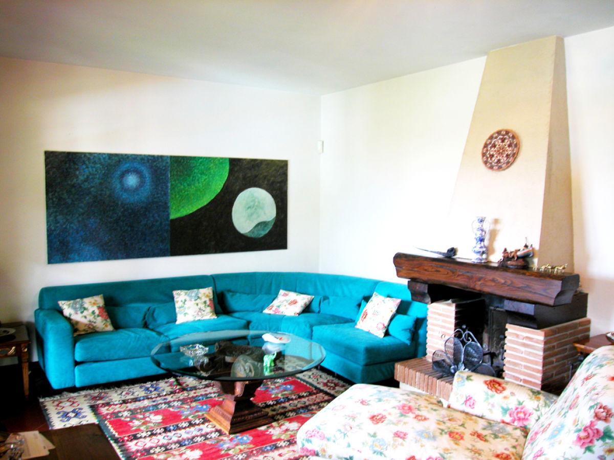 Villa laura italienische k ste toskana firma betuscany for Wohnzimmer eingerichtet