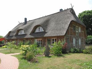 """Reetdach- Ferienhaus """"Mertinat FOR TEN"""""""