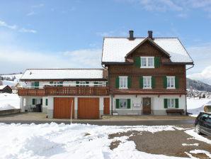 Ferienwohnung 2 Lindenhof