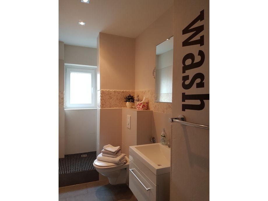 Ferienwohnung appartement landhaus liebe ruhrgebiet for Modernes bad mit dusche