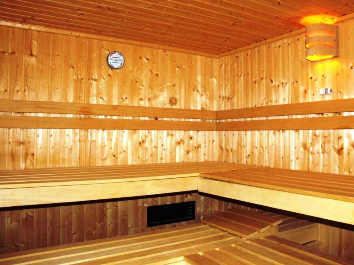 ferienhaus pension namenlos wellnessh usel s dth ringen oberhof herr gert reichsthaler. Black Bedroom Furniture Sets. Home Design Ideas