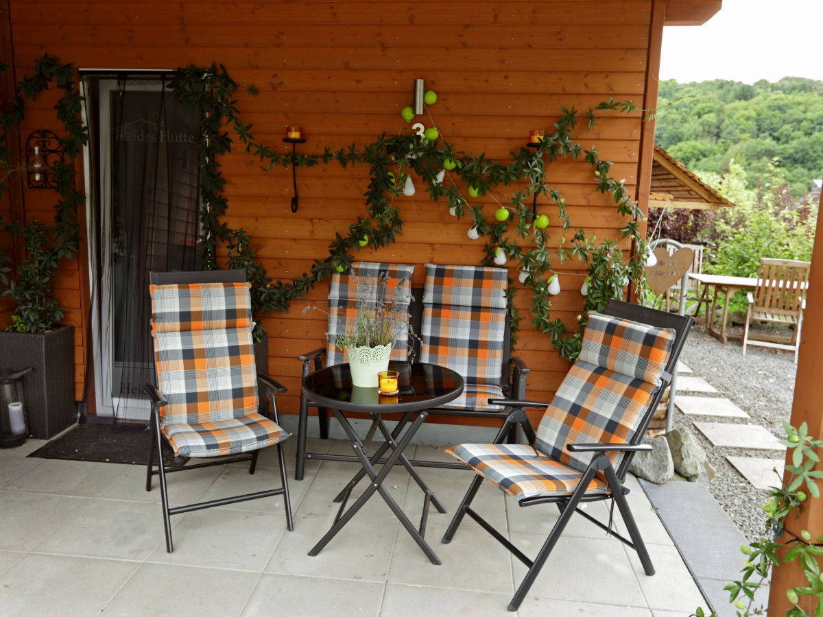 ferienhaus heides h tte 3 eifel waldsee rieden frau. Black Bedroom Furniture Sets. Home Design Ideas