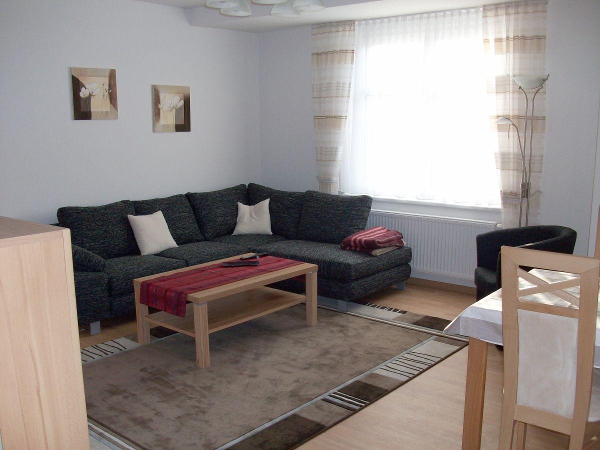 Ferienwohnung stadtvilla berlin teltow frau brigitte for Sitzecke wohnzimmer