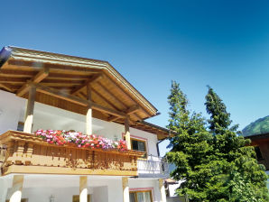 """Ferienwohnung """"Tirol50"""" im Hechenbergerhof"""