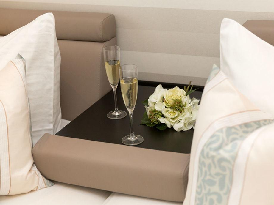 luxus ferienhaus ostseebrise f r h chste anspr che zingst. Black Bedroom Furniture Sets. Home Design Ideas