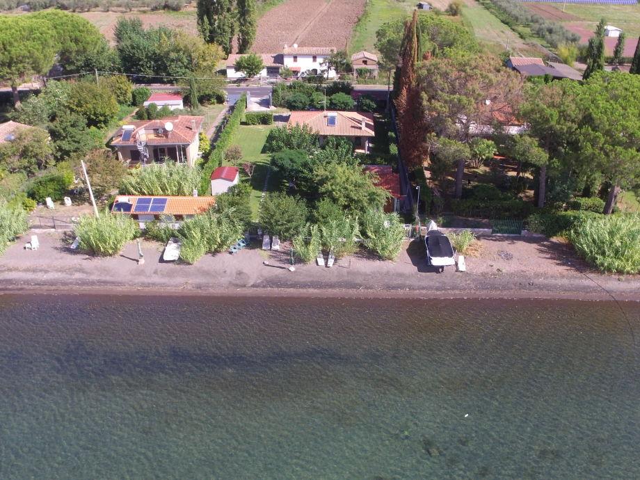 Außenaufnahme in der Villa Barano